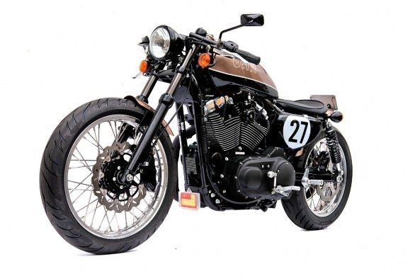 Deus Ex Machina Bald Terrier 1200