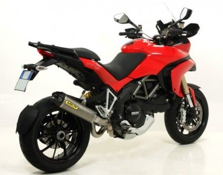 Ducati Multistrada 1200 con scarichi Arrow