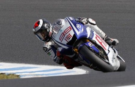 Jorge Lorenzo primo nelle FP2 all'Estoril