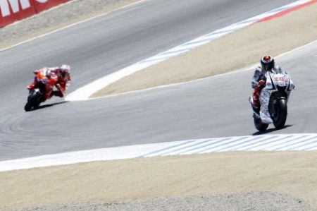 MotoGP Estoril QP: Lorenzo in pole ma vince il maltempo