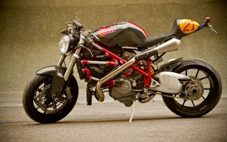 Moto Special: Mikaracer By Radical Ducati