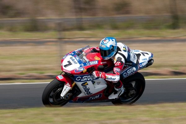 Test Phillip Island Superbike 2012, day 2: Ducati sempre al top con Checa