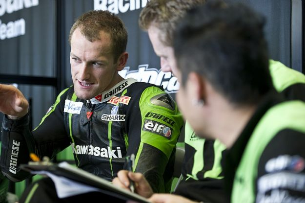 Sykes test Superbike 2012