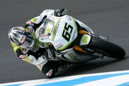 Jonathan Rea resta al team Ten Kate