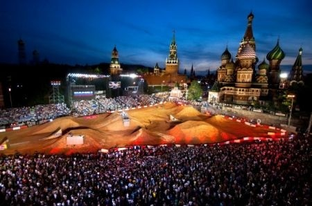 Cross show al Red Bull X-Fighters Moscow