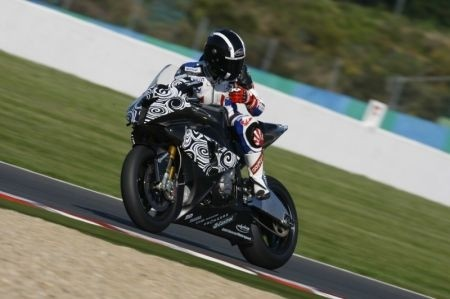 BMW S1000RR Test Magny Cours