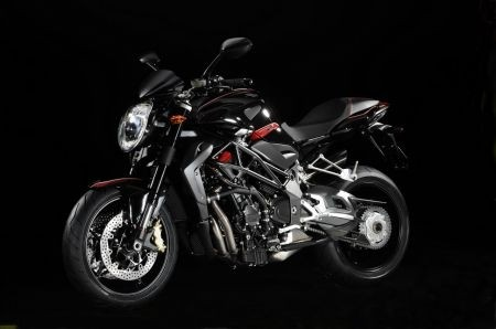 MV Agusta Brutale R 1090 2012: una seconda vista latera