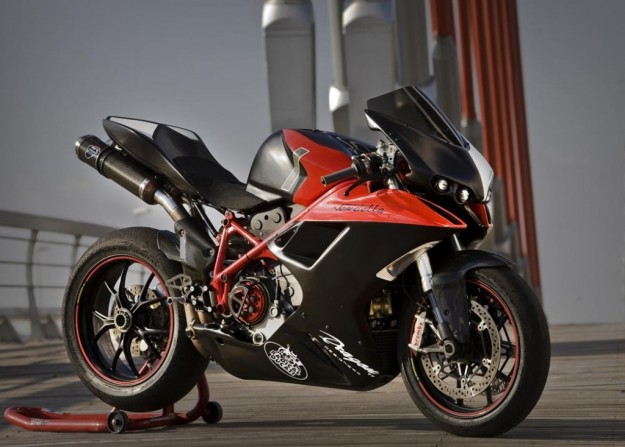 Vendetta: le foto del nuovo body kit creato da Radical Ducati e TT Dragon