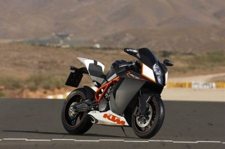 RC8R 4