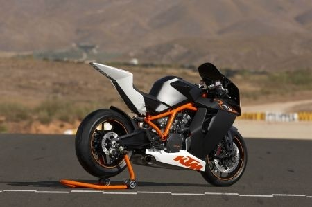 RC8R 3