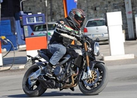 Benelli 2ue Naked Spia