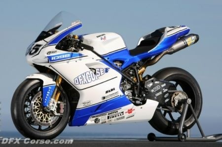Superbike, il team DFX salta due gare