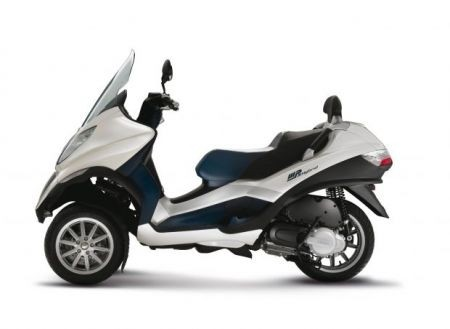Piaggio Mp3 Hybrid Visuale Laterale