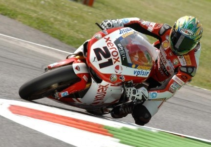 Troy Bayliss in piega